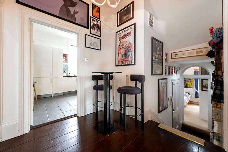 3 bedroom(s) apartment to sale in Hampstead Lane, Highgate-image 13