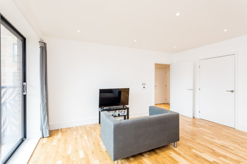 1 bedroom(s) apartment to sale in Cityview Point, Leven Road, Poplar-image 8