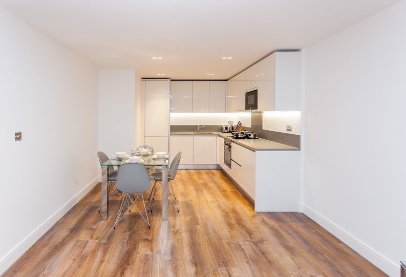 2 bedroom(s) apartment to sale in Quartz House, Dickens Yard-image 2