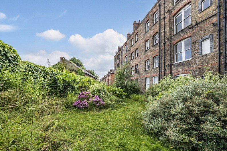 5 bedroom(s) apartment to sale in Rosslyn Mansions, Goldhurst Terrace, South Hampstead, London-image 3