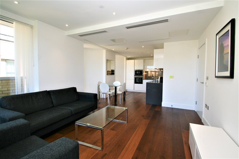 2 bedroom(s) apartment to sale in Westbourne Apartments, 5 Central Avenue, Fulham , London-image 6
