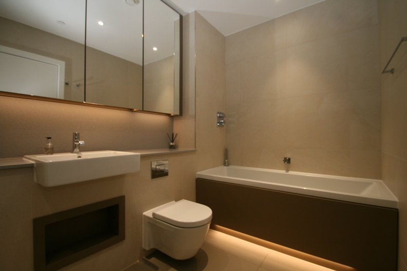 2 bedroom(s) apartment to sale in Westbourne Apartments, 5 Central Avenue, Fulham , London-image 4
