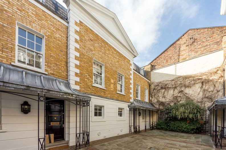 3 bedroom(s) house to sale in Trident Place, Old Church Street, Chelsea, London-image 11