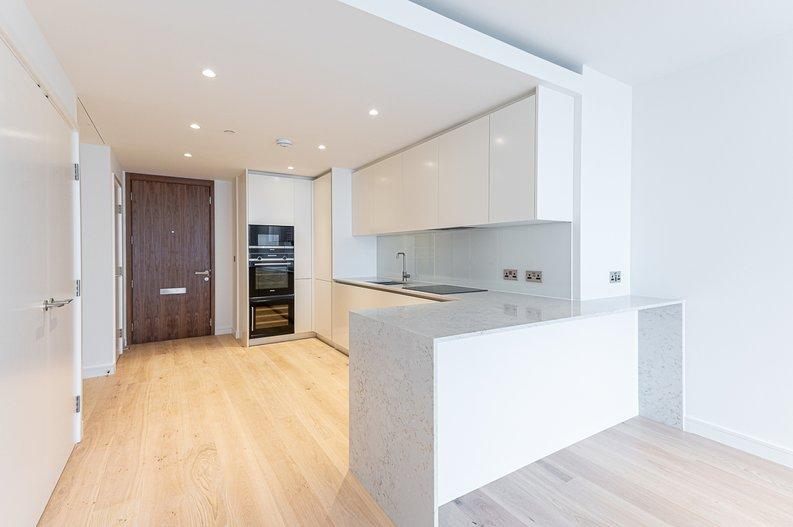 1 bedroom(s) to sale in Hampton Tower, South Quay Plaza, Marsh Wall, Canary Wharf-image 7