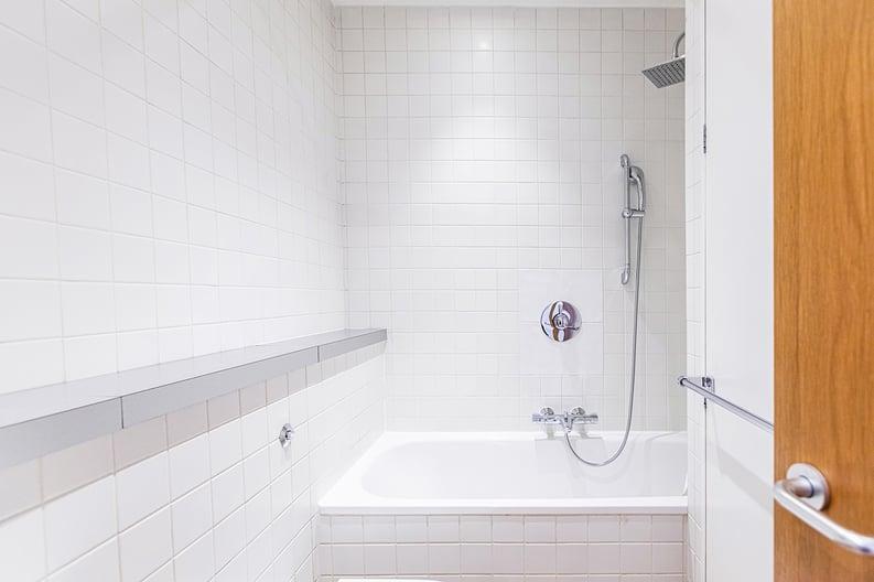 1 bedroom(s) apartment to sale in Durham Terrace, Paddington, London-image 4