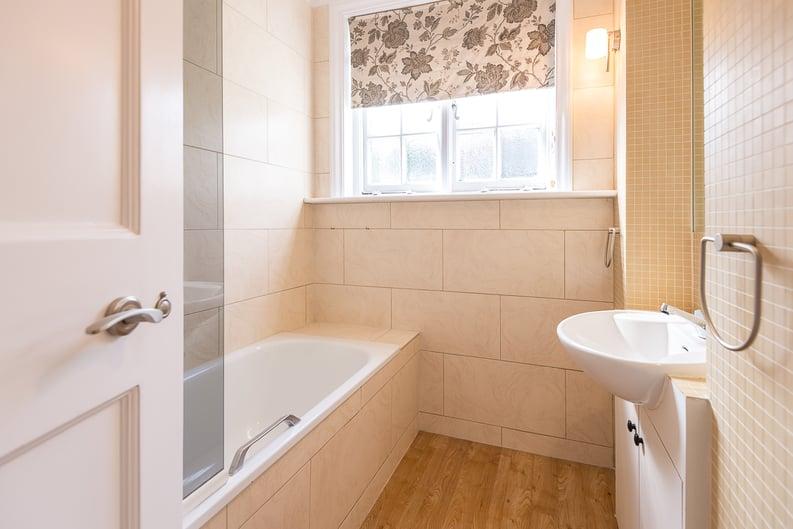 2 bedroom(s) apartment to sale in Eldon Grove, Hampstead, London-image 8