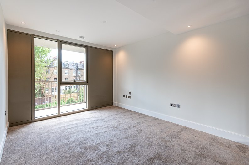 1 bedroom(s) apartment to sale in Sherrin House, Royal Warwick Square, Kensington-image 4