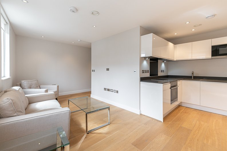 1 bedroom(s) apartment to sale in Iverson Road, West Hampstead, London-image 3