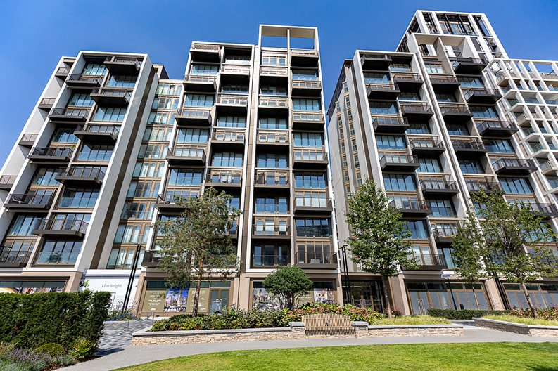 2 bedroom(s) apartment to sale in Fountain Park Way, White City, London-image 14