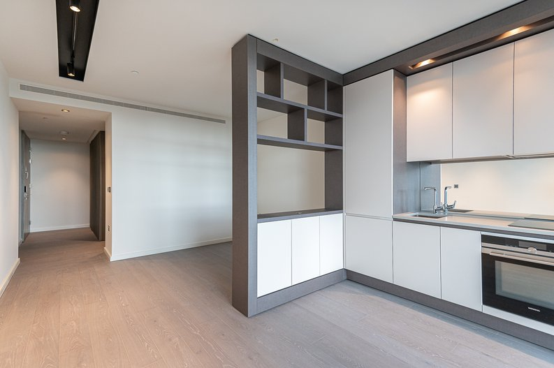 Studio apartment to sale in One Park Drive, Canary Wharf, London-image 2