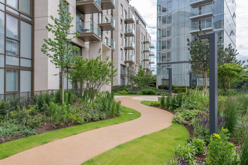 1 bedroom(s) apartment to sale in Block Three, Lillie Square, Lillie Road , Earls Court-image 1
