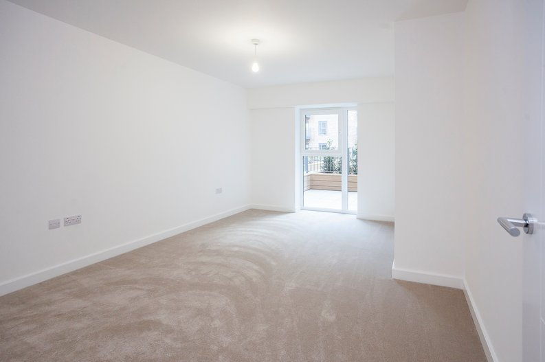 1 bedroom(s) apartment to sale in Fairbank House, Beaufort Square, Beaufort Park, Colindale-image 5