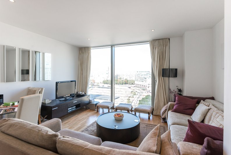1 bedroom(s) apartment to sale in Marsh Wall, Canary Wharf, London-image 6