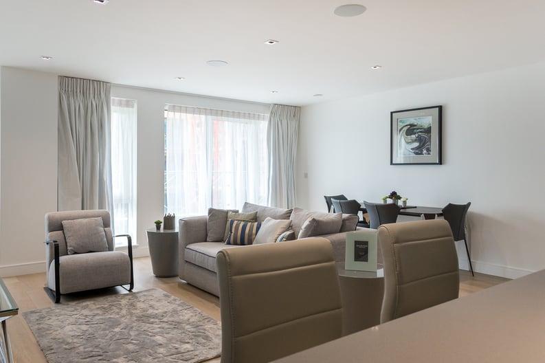2 bedroom(s) apartment to sale in Provenance House, 8 Kew Bridge Road, Brentford-image 1
