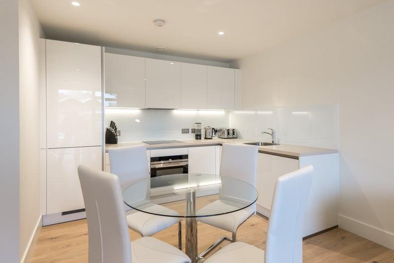 1 bedroom(s) apartment to sale in Nautilus House, West Row, Ladbroke Grove, London-image 3