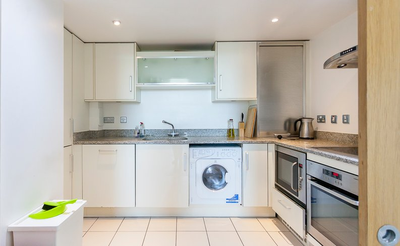 2 bedroom(s) apartment to sale in 11 Sheldon Square, Paddington , London-image 3