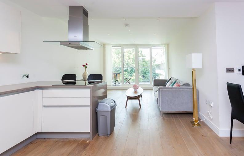 2 bedroom(s) apartment to sale in Cascade Court, Vista Chelsea Bridge, Battersea-image 18