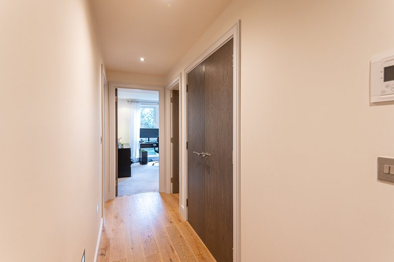2 bedroom(s) apartment to sale in Doulton House, Park Street, Imperial Wharf, Fulham-image 11