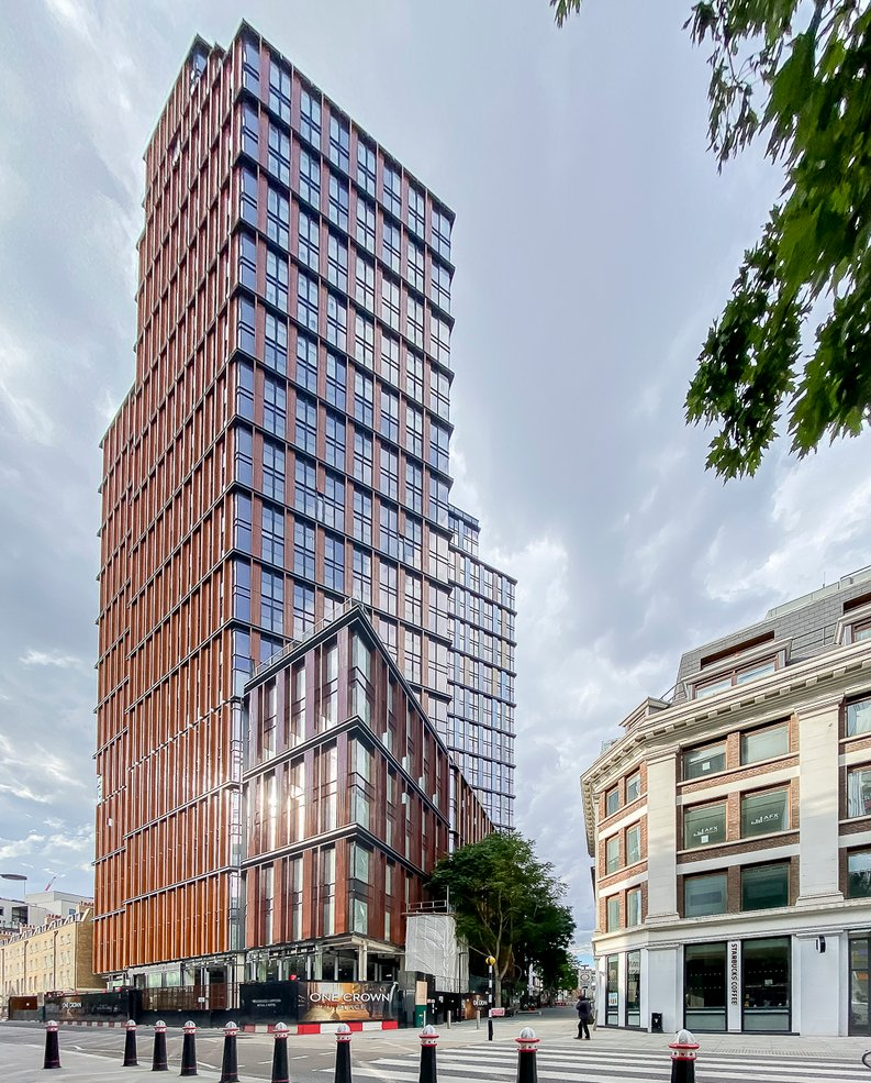 1 bedroom(s) apartment to sale in One Crown Place, Shoreditch, London-image 3