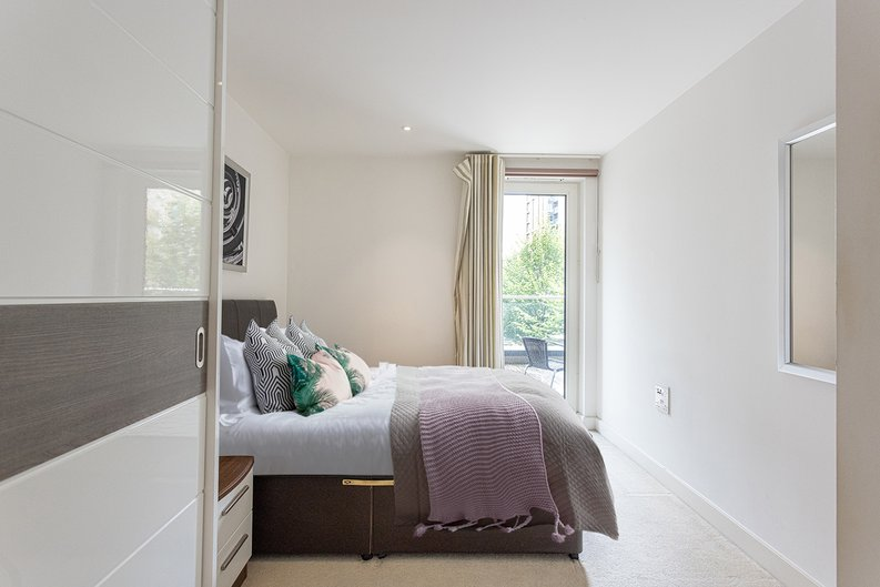 1 bedroom(s) apartment to sale in Seafarer Way, Surrey Quays, London-image 14
