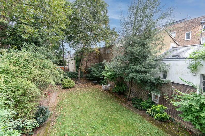 2 bedroom(s) apartment to sale in Belsize Park Gardens, Belsize Park, London-image 21