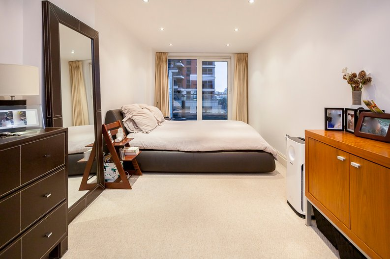 2 bedroom(s) apartment to sale in Chelsea Vista, Imperial Wharf, Fulham-image 3