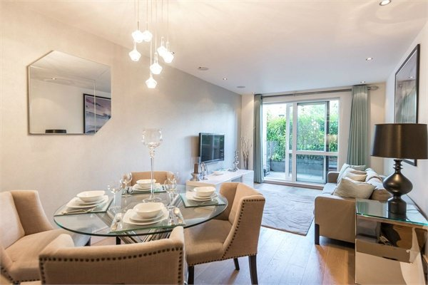 2 bedroom(s) apartment to sale in Doulton House, Chelsea Creek, Park Street, Fulham-image 6