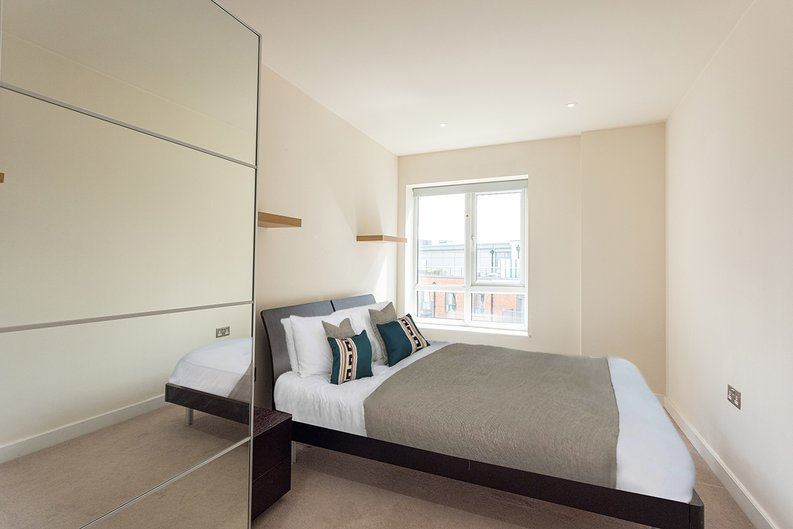 2 bedroom(s) apartment to sale in 22 Aerodrome Road, Beaufort Park-image 7