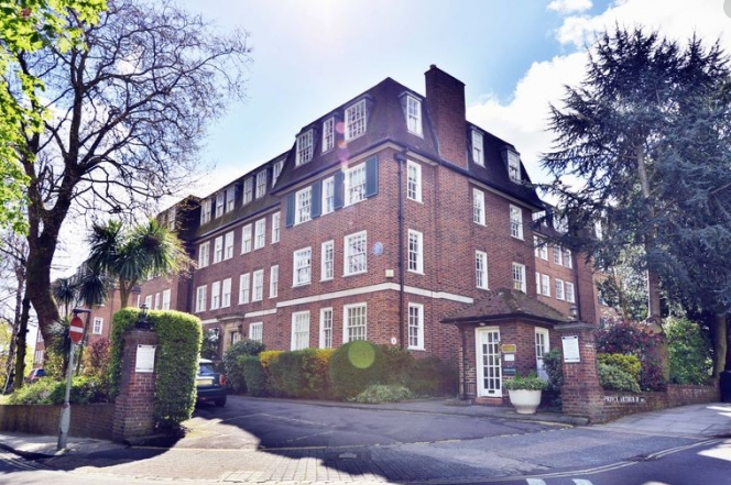 1 bedroom(s) apartment to sale in Greenhill, Prince Arthur Road, Hampstead, London-image 6