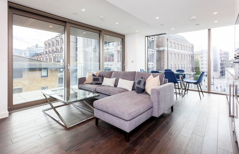 2 bedroom(s) apartment to sale in Rosemary Place, 85 Royal Mint Street, Tower Hill, London-image 1