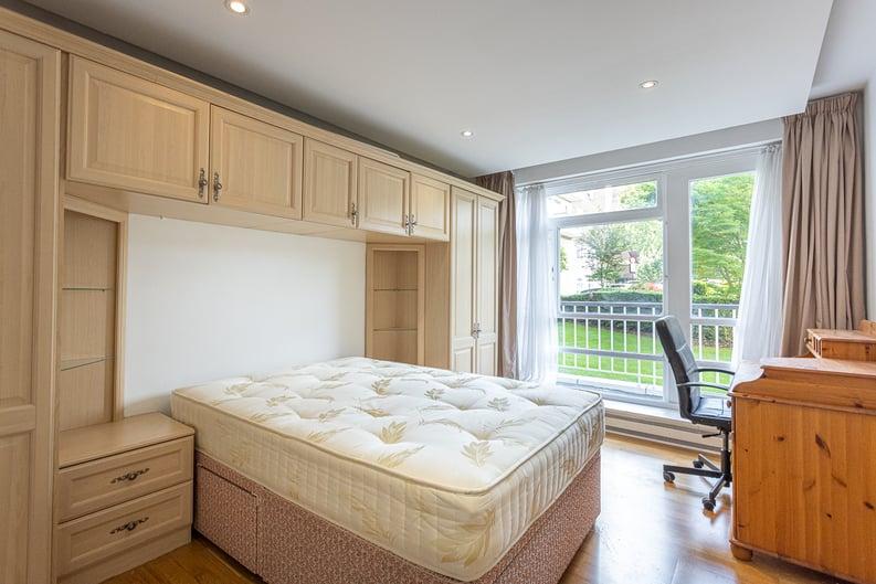 3 bedroom(s) apartment to sale in Sheringham, St. John's Wood Park, St. John's Wood , London-image 4