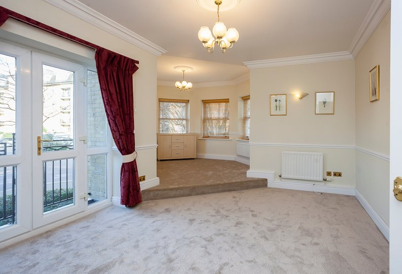 2 bedroom(s) apartment to sale in Trinity Church Road, London-image 2