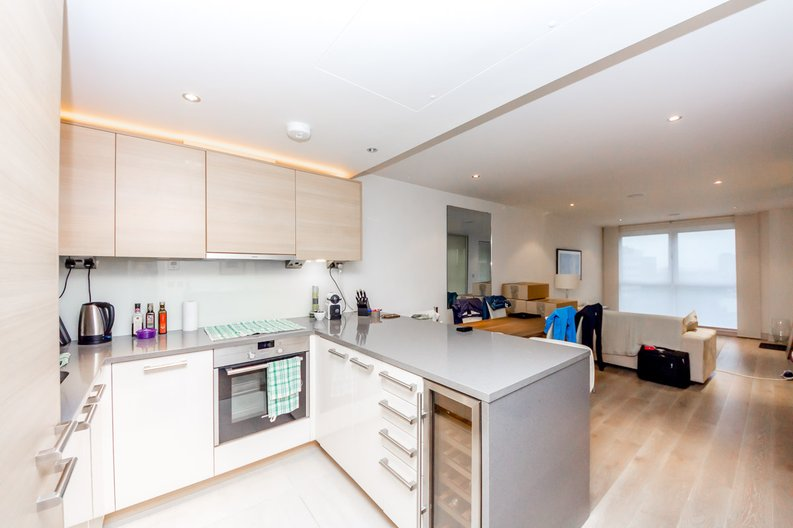 1 bedroom(s) apartment to sale in Townmead Road, Imperial Wharf, London-image 2