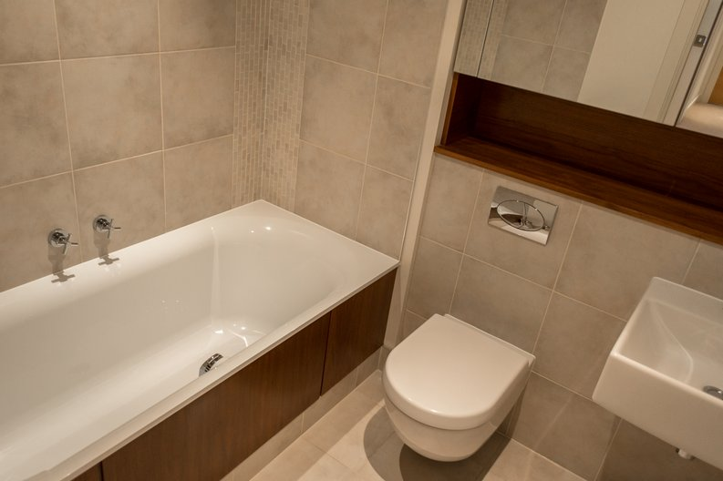 2 bedroom(s) apartment to sale in Regal House, Lensbury Avenue, Imperial Wharf, London-image 5