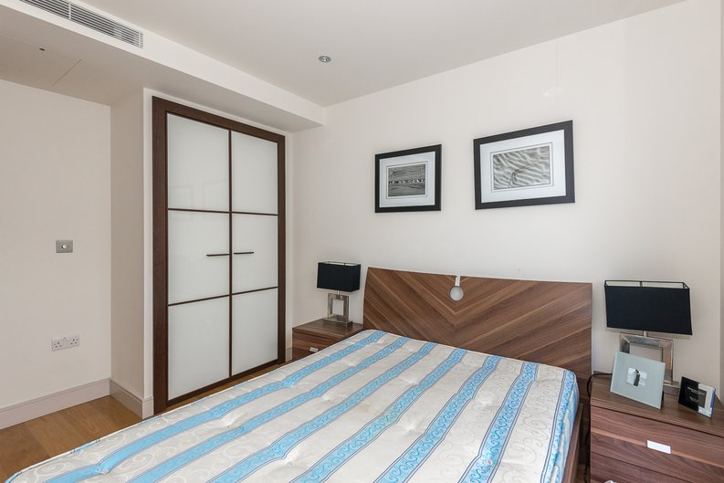2 bedroom(s) apartment to sale in Octavia House, 213 Townmead Road, Imperial Wharf-image 8