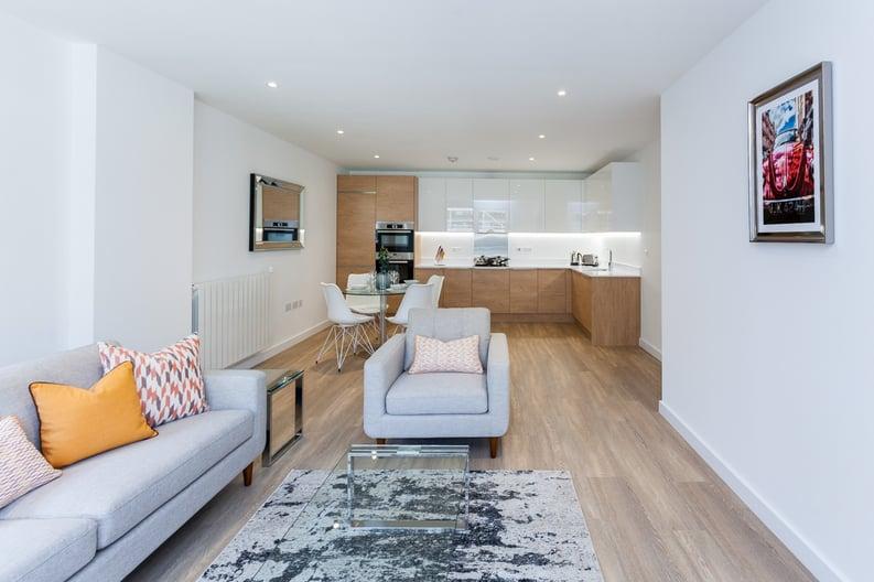 3 bedroom(s) apartment to sale in Endeavour House, Ashton Reach, Surrey Quay, London-image 5