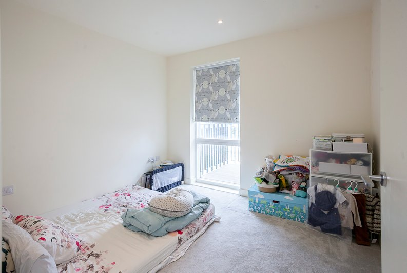 2 bedroom(s) apartment to sale in Tyger House, New Warren Lane, London-image 14