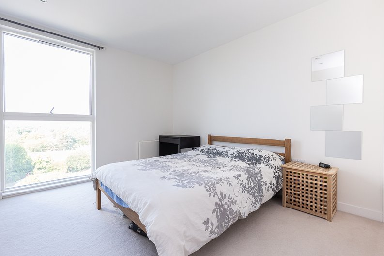 2 bedroom(s) apartment to sale in Hyperion Tower, Pump House Crescent, Greater London, Brentford-image 5