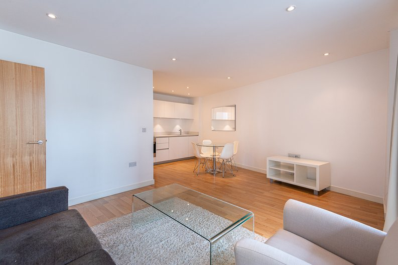 1 bedroom(s) apartment to sale in Waterside Apartments, Goodchild Road, Woodbury Down, London-image 13