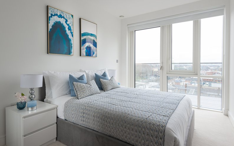 2 bedroom(s) apartment to sale in Longfield Avenue, Ealing, London-image 3