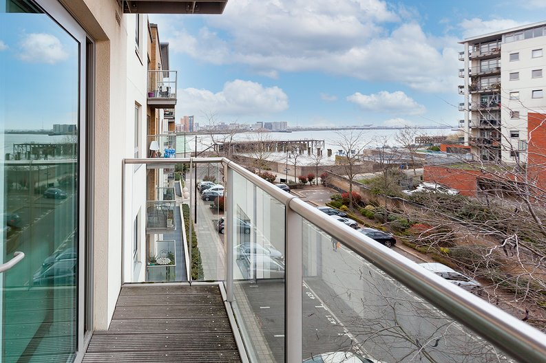 2 bedroom(s) apartment to sale in Building 50, Argyll Road, Royal Arsenal Riverside , London-image 13