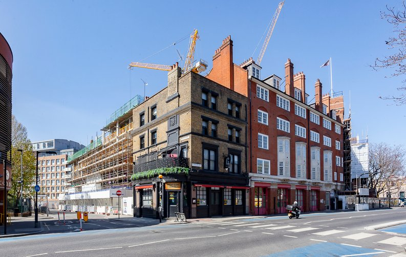 2 bedroom(s) apartment to sale in Cuthbert House, 94 Southwark Bridge Road, Brigade Court, London-image 2