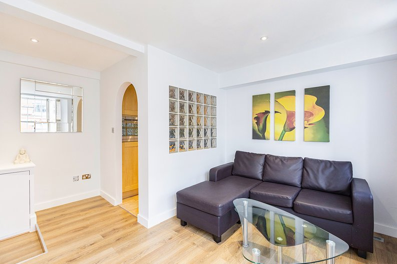 1 bedroom(s) apartment to sale in Chelsea Cloisters, Sloane Avenue, Chelsea-image 6
