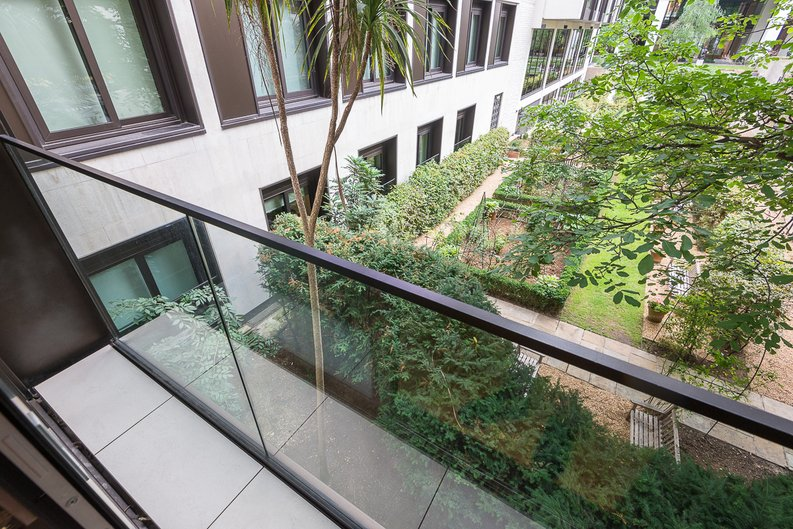 1 bedroom(s) apartment to sale in Roman House, Wood Street, Barbican-image 7