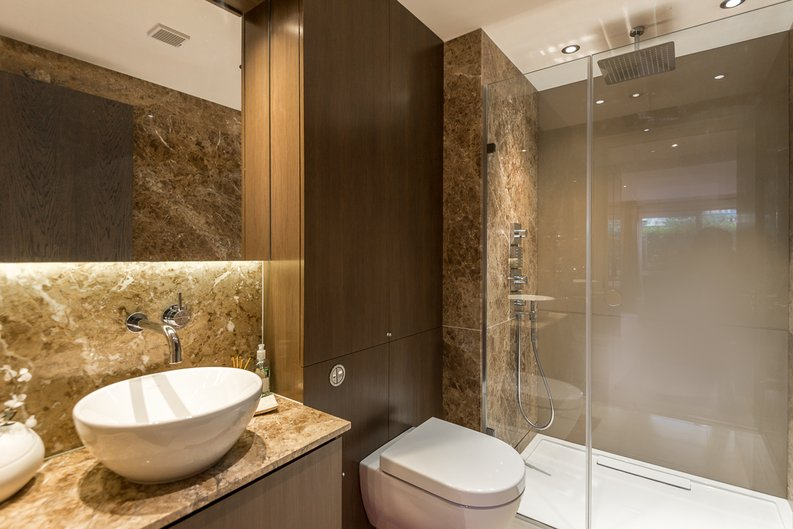 2 bedroom(s) apartment to sale in Doulton House, Chelsea Creek, Fulham-image 6