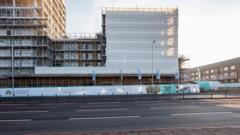 2 bedroom(s) apartment to sale in Western Circus, Acton, London-image 2