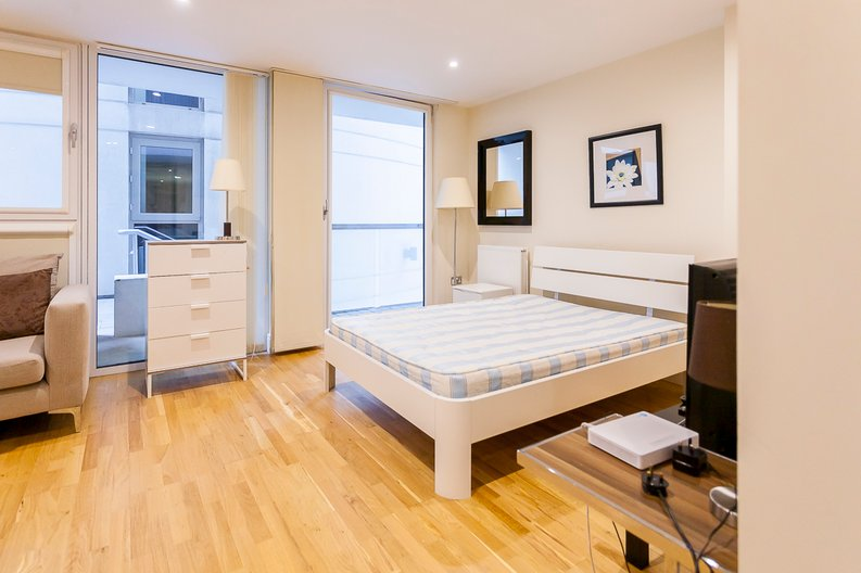 1 bedroom(s) apartment to sale in Cobalt Point, Lanterns Court, Millharbour, Canary Wharf-image 6