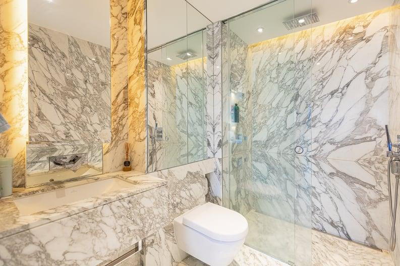 2 bedroom(s) apartment to sale in Regatta Lane, Fulham Reach, London-image 5