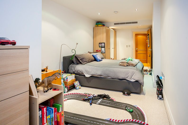 2 bedroom(s) apartment to sale in Chelsea Vista, Imperial Wharf, Fulham-image 22