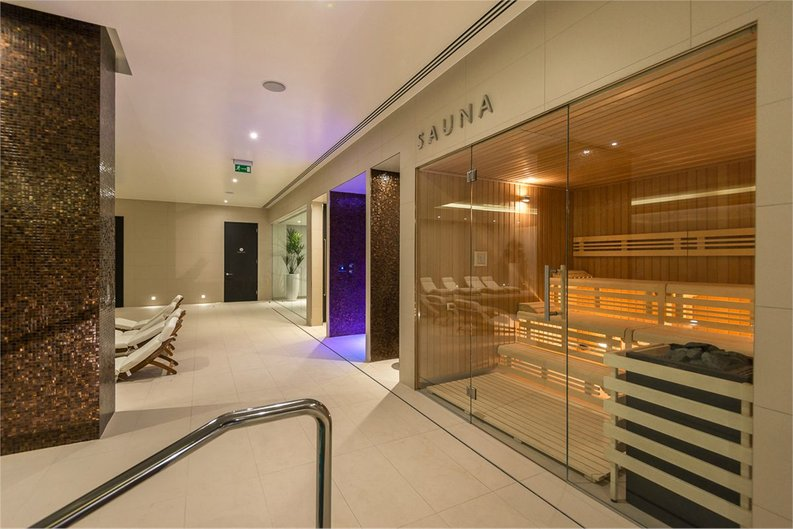 1 bedroom(s) apartment to sale in Satin House, 15 Piazza Walk, Goodmans Fields-image 17